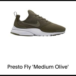 Men's Nike running sneakers